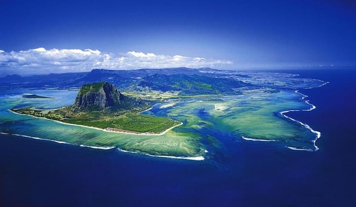 01 cascate sottomarine mauritius