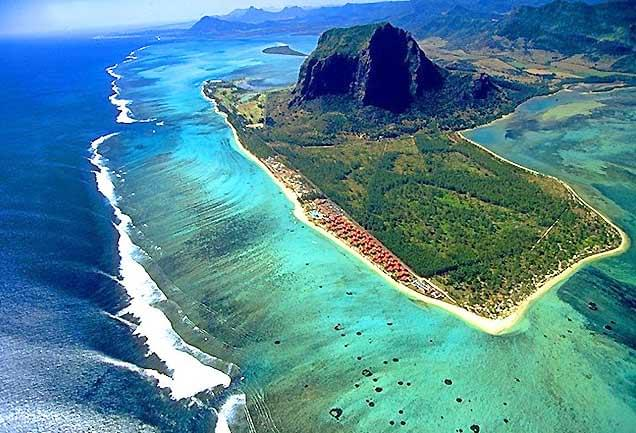 02 cascate sottomarine mauritius