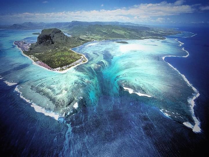 03 cascate sottomarine mauritius