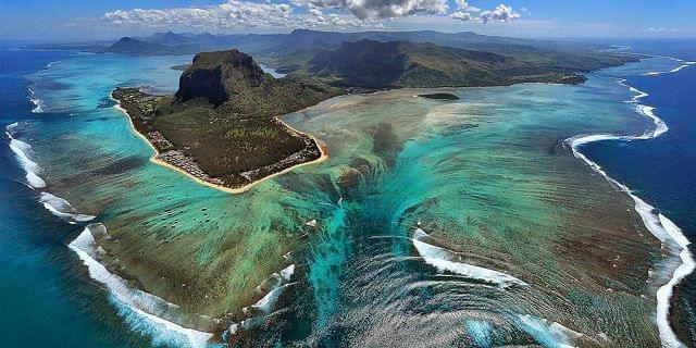 04 cascate sottomarine mauritius