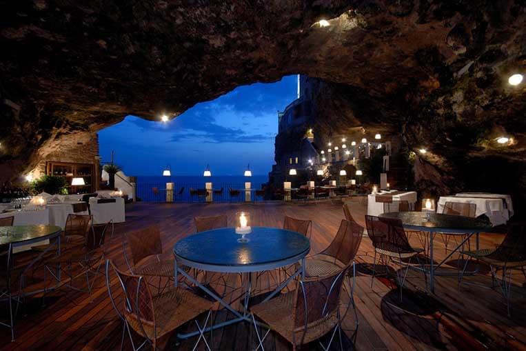 I ristoranti pi strani e originali d 39 italia for Arredamento ristorante italia