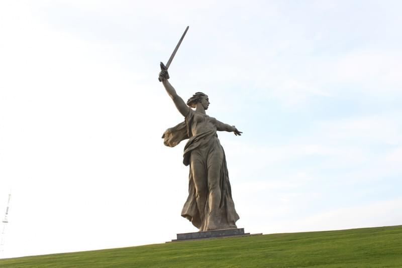 La Madre Patria Chiama, Russia