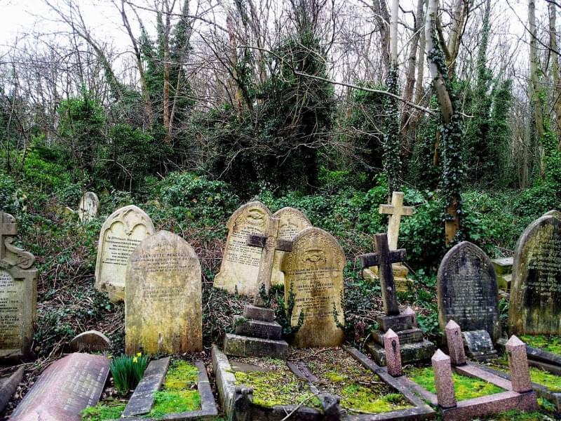 4 highgate cemetery