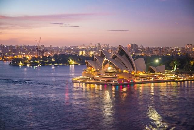 Opera House Sydney al tramonto