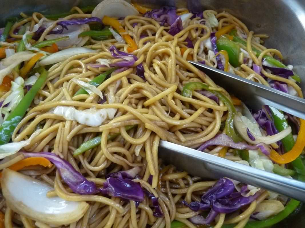9 chow mein