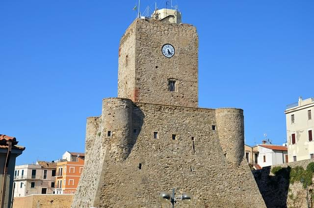 esterno di castello svevo