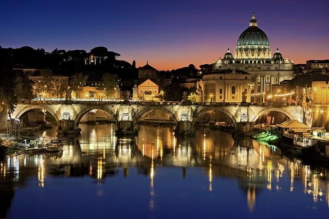 panorama di roma di sera