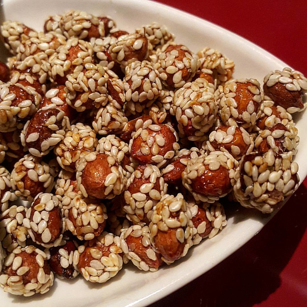 10 santo nuts
