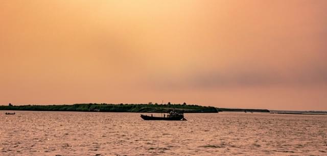 alba fiume gange india