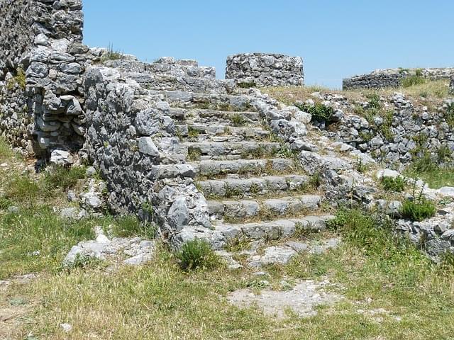 albania castello scutari