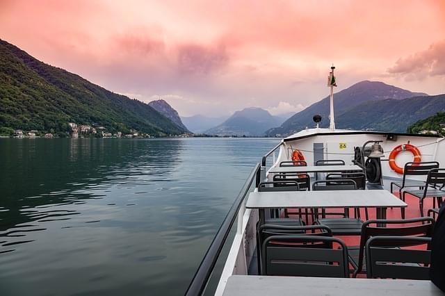 barca lago lugano