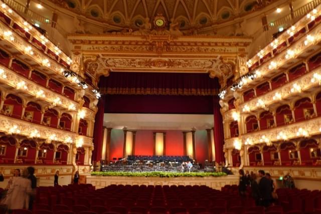bari teatro petruzzelli 2008 interno