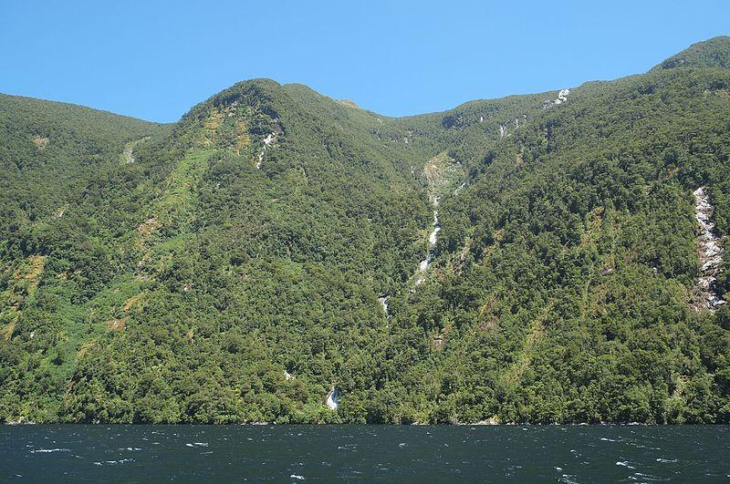 Cascate Browne alte 836 metri