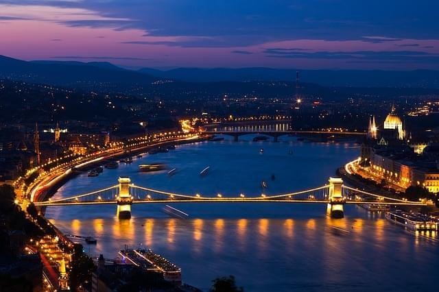 budapest ponte delle catene danubio