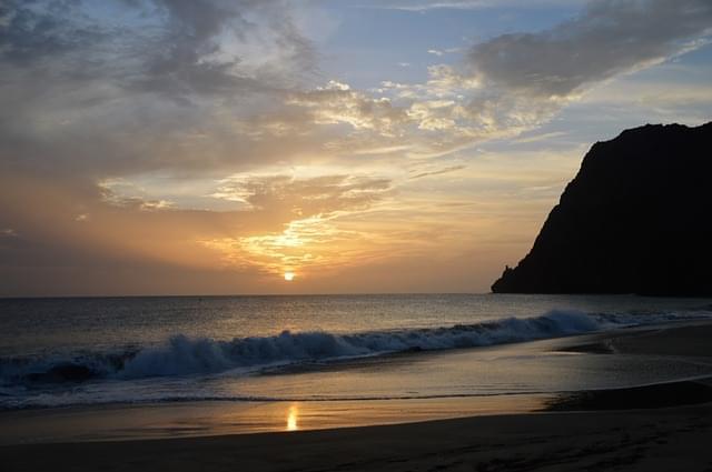 tramonto sulla spiaggia di capo verde