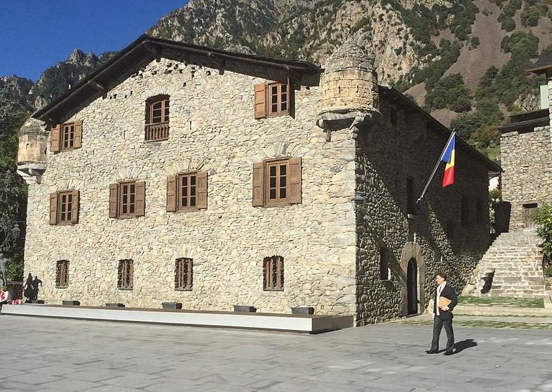 la storica casa de la vall