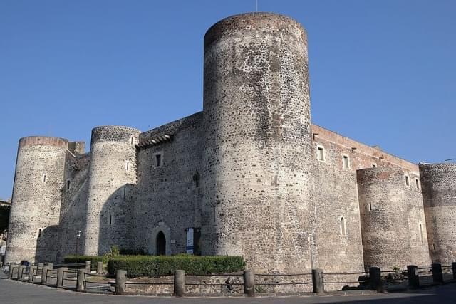 catania castello ursino 03