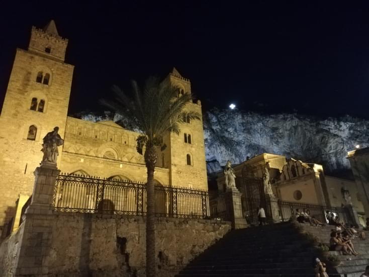 cattedrale di sera