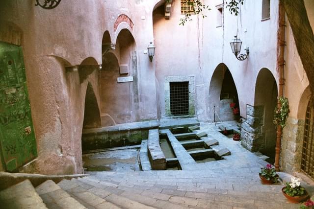 lavatoio medievale cefalu