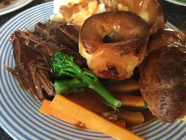 cibo domenica pasto inglese arrosto