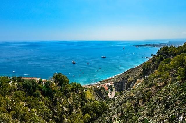 costa in sicilia