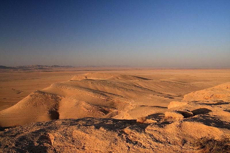 7 - Deserto siriano: 673.000 km²
