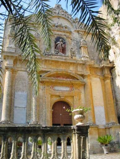 facciata dell'eremo di san corrado fuori le mura a noto
