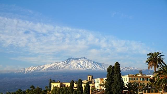 etna vulcano sicilia italia summit