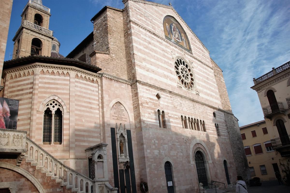 foligno umbria basilica di s
