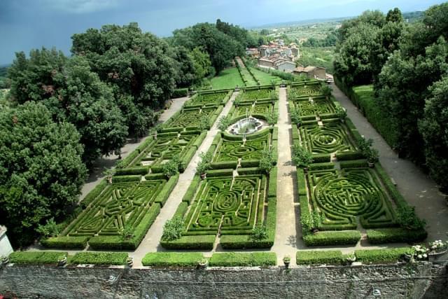 garden castello ruspoli vignanello