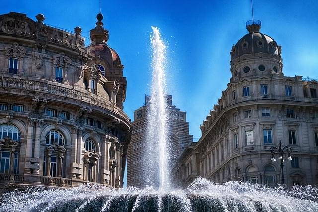genova piazza de ferrari italia 1
