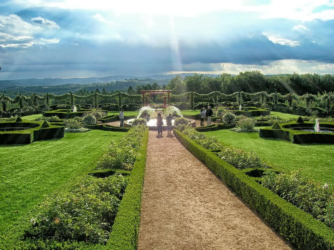 04 eyrignac gardens