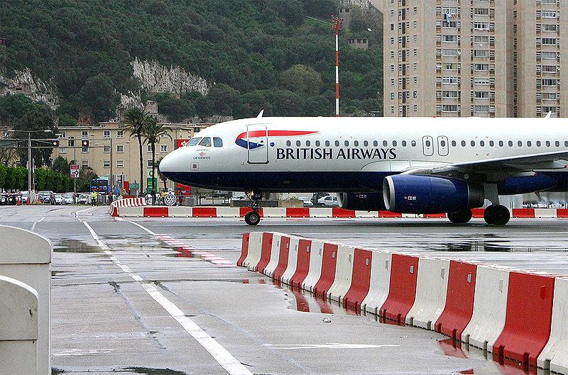 3 aeroporto gibilterra pericoloso