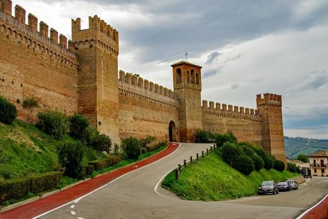 gradara cinta muraria fortezza 1