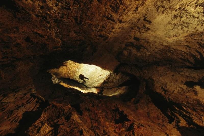 1 - Grotta Krubera, Abcasia, Georgia - Profondità 2197 m