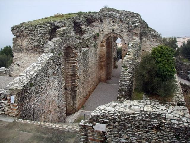 grotte di catullo 06
