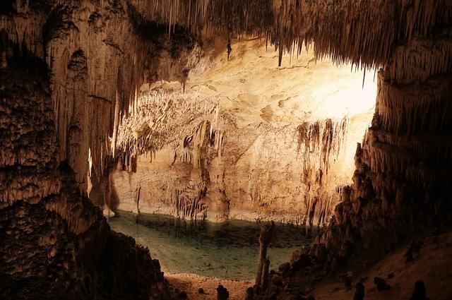 grotte postumia