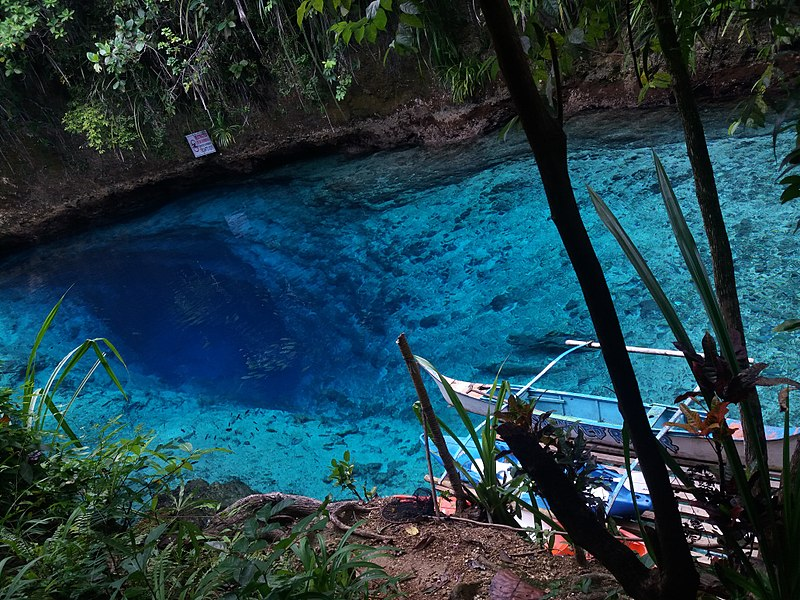 Enchanted River (Hinatuan, Filippine)
