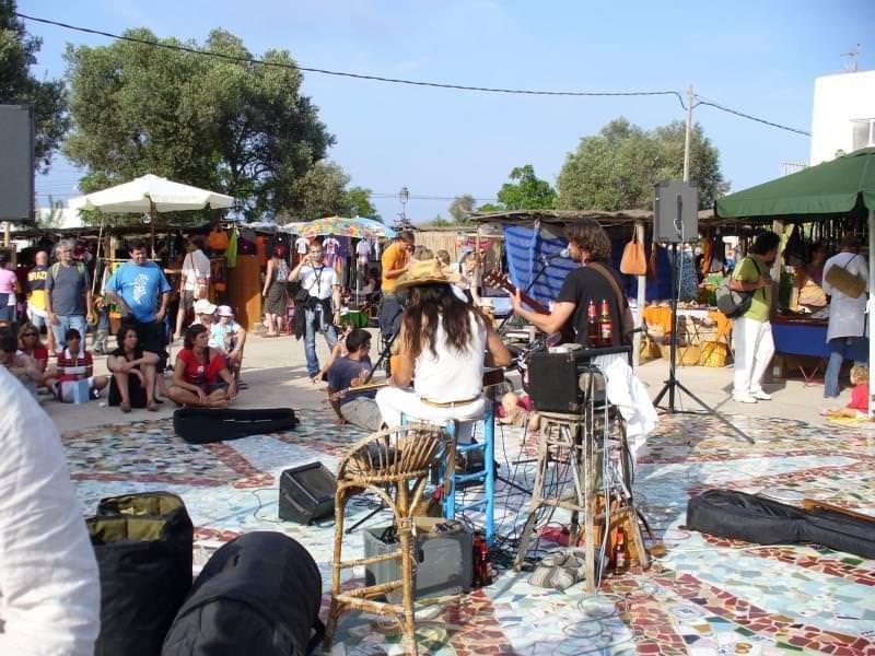Hippy market at pilar de la mola formentera