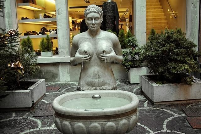 italia trevisio fontana statua 1