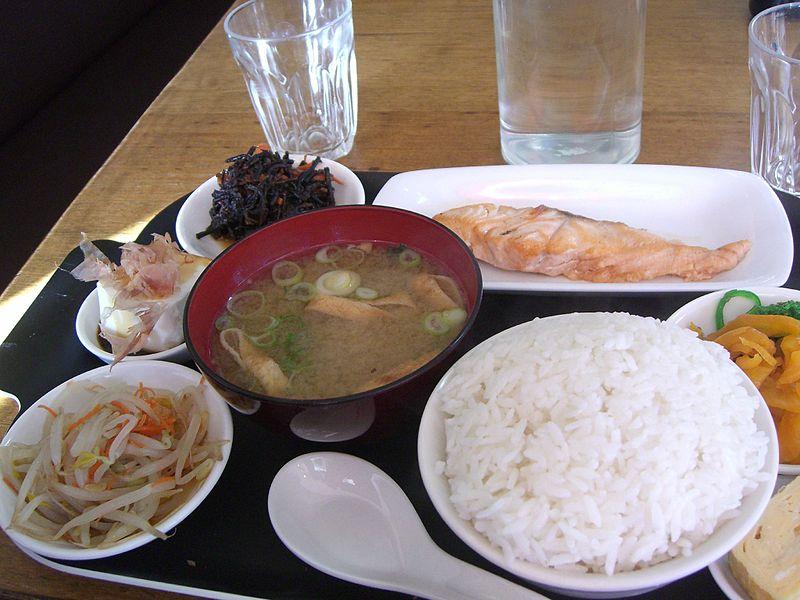 13 colazione giapponese