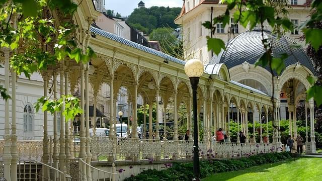 terme Mynska Kolonada a Karlovy Vary