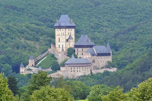 karlstejn castello praga