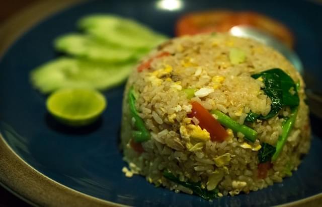 khao phat mu piatto