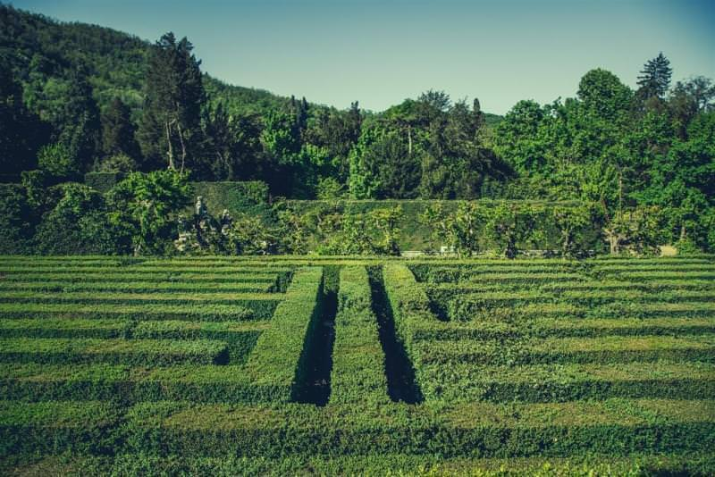 8 giardini con labirinti in italia for Giardino labirinto