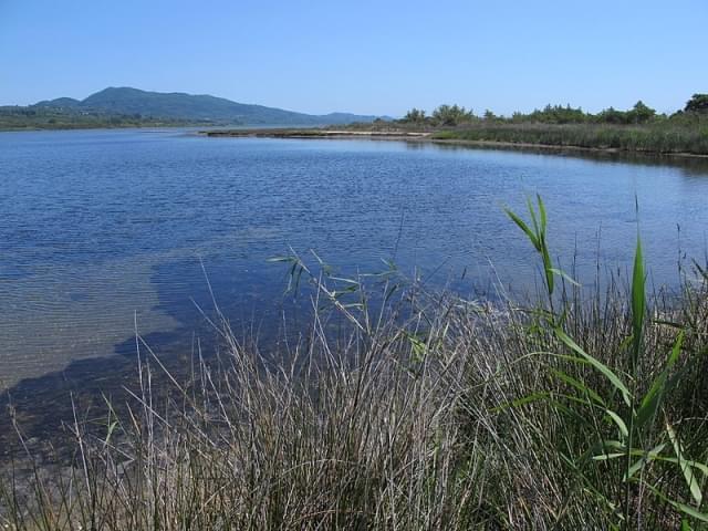 lago korission natura