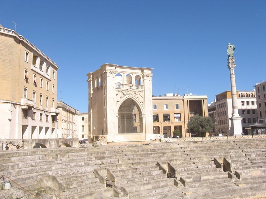 lecce anfiteatro piazza oronzo