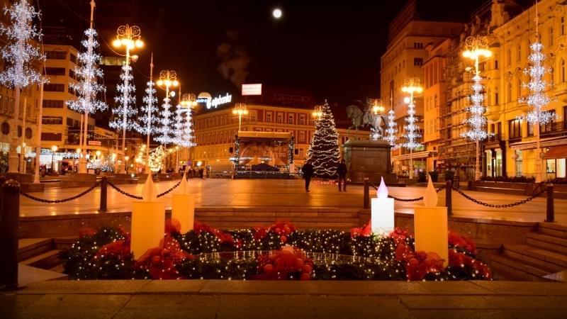 luminarie natale zagabria piazza josip jelacic