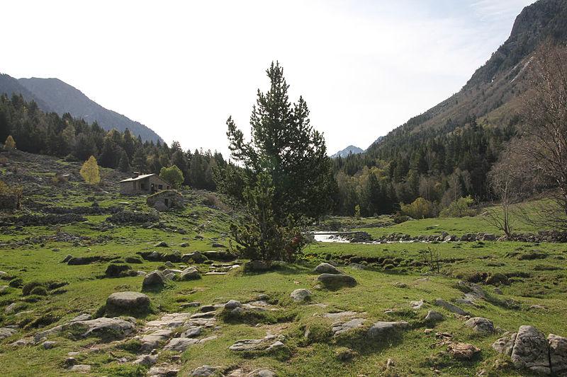 scorcio di madriu perafita claror valley