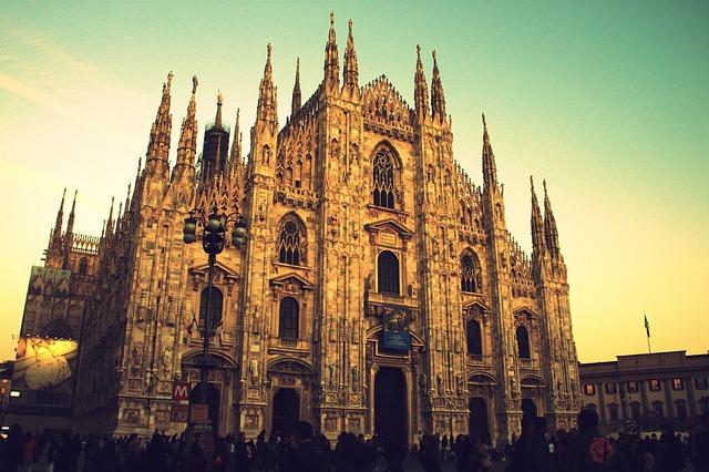 milano duomo monumento italia